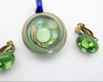 Green Glass Pendant and Earrings - Lucite Confetti Earrings - Green Set Marriage