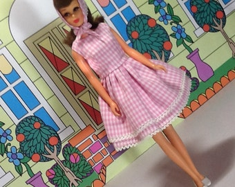 For your Francie doll, almost a JE repro FR2207