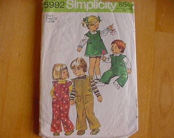 VINTAGE 1970s Simplicity Pattern 5992, Toddler Girls and Boys Overalls, Jumper, Blouse, Size 2, Unisex