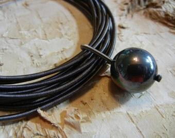 Piano Wire Bracelet Slate with slate pearl