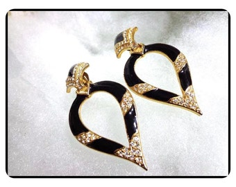 WoW - Outstanding Black/Gold Toned Rhinestone Dangle Clip Earrings   E6020a-020517002