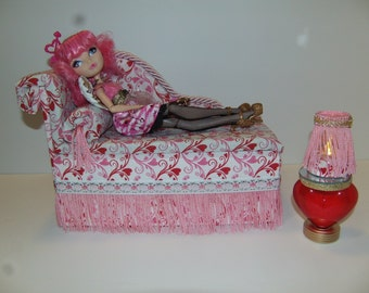 Handmade Valentines Chaise Lounge Bed for Cupid with Mirrored Heart Table and Working Lamp!