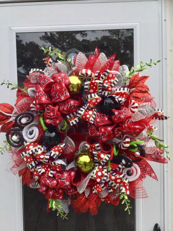 sale black and red christmas wreath christmas wreath. Black Bedroom Furniture Sets. Home Design Ideas
