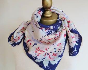 1940s floral scarf, square silk scarf, vintage scarves, 40s fashion, WW 2 era, swing scarf, silk neckerchief, forties accessory, hair wrap