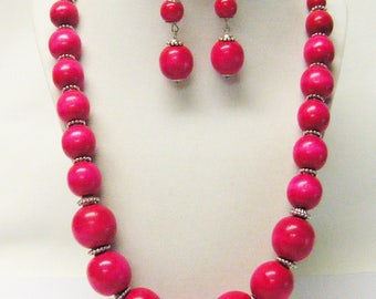 "26"" Assorted Round Fuchsia/Hot Pink Wood Bead Necklace/Earrings Set"