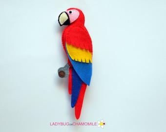 Felt SCARLET MACAW PARROT, stuffed felt Parrot magnet or ornament, cute Macaw, Parrot toy, felt bird, home decor, parrot gift, Macaw