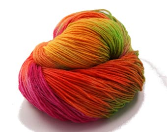 Hand Dyed Yarn Sock Yarn - Hand painted Sock Yarn Merino - Yarn Fingering - indie dyed yarn - kinitting - Pink, orange, green, yellow