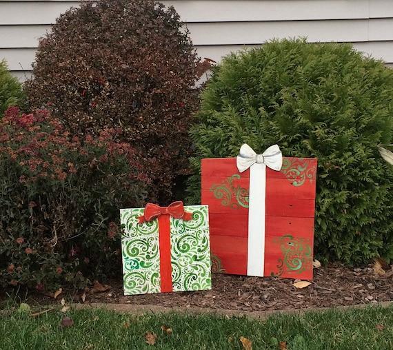 Christmas Gift Yard Decor Wooden Gift Outdoor Display