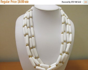 On Sale Vintage White Plastic Multiple Strand Necklace Item K # 2247
