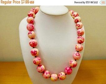 On Sale Vintage Pink Speckled Beaded Necklace Item K # 2164