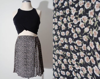 Vtg 90s Grunge DITZY Floral Micro PLEATED Skirt, Small to Medium