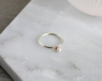 Pearl ring. Modern everyday stacking ring. Gift for her.
