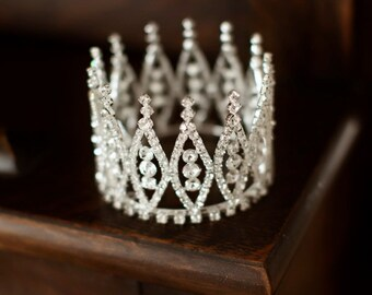 Newborn Crown, Photo Prop, Tiara - Eva, baby crown, photography prop, crystal crown
