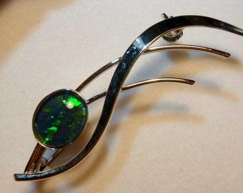 Opal Brooch Sterling Silver Rhodium Plate 1 X 10x8mm Triplet. Item 110455.