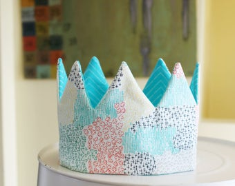 Kid Pretend & dress-up Crown birthday hat- turquoise spring