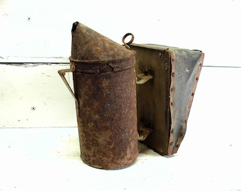 Primitive Decor Cabin Vintage Bee Smoker Rusty And Crusty