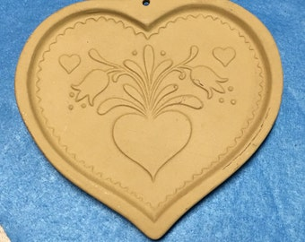 Clay Cookie Mold, Shortbread Mold, Brown Bag Mold, Cookie Art, Vintage Cookie Pan, Baking Decor,Country Kitchen,Farmhouse Kitchen,Heart Mold