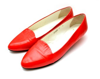 80s Red Pointed Toe Flats Slip On Shoes Womens 8 M