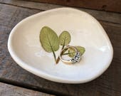 Herb Bowl, Small Herb Ring Dish, Herb Tea Bag Holder, Sage Leaf pottery dish, rustic Sage Pottery Bowl, Herb Spoon Rest, Herb saop Dish