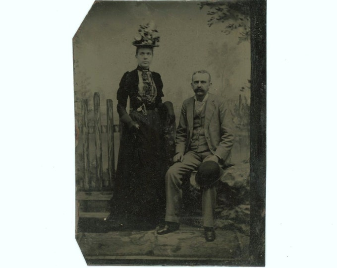 Tintype 1/6 Plate Antique Portrait Photo: Couple, 1800s (611518)