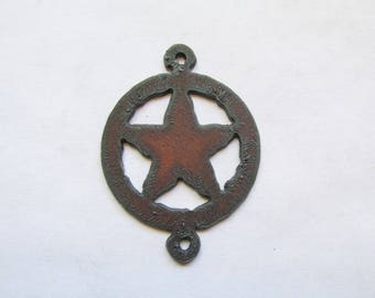 Western Texas Star connector rustic rusty recycled metal #RM153