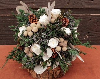 Woodland Winter White Wedding Bridesmaid Bouquet, Winter Wedding Bouquet, Winter Bridesmaid Bouquet, Rustic Pinecone, Rose & Brunia Bouquet
