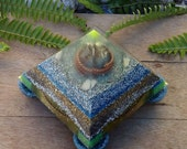 Large  Orgone Pyramid - With 4 tubes,  1 Tensor ring,  1 Acuvac,  4 pieces in the bottom. -EMF protection - Healing energy - Positive Energy