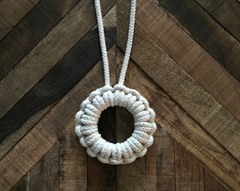 Natural Cottom Macrame Circle Necklace