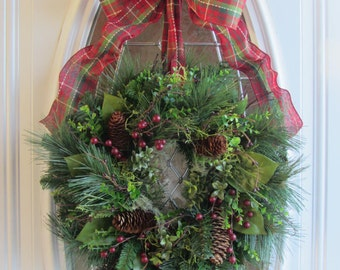 Christmas Door Wreath - Holiday Wreath - Traditional Wreath - Pine Wreath - Winter Wreath  -  Christmas Wreath - Christmas Decoration