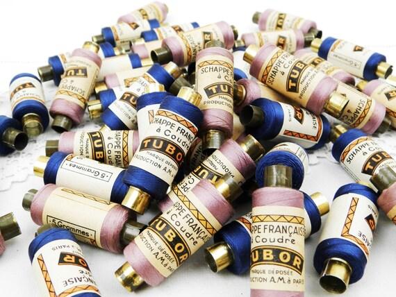 """1 Reel of 5 gm / 0.17 oz Vintage Silk Schappe Thread on Metal Reel """"Schappe Française a Coudre Tubor""""  Blue or Violet Color, Haberdashery"""