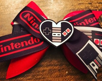 I <3 Nintendo bow