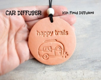 Happy Trails Camper Rear View Mirror Essential Oil Scent Car Diffuser Pendant Clay Pottery Terracotta Aromatherapy Ornament Accessories