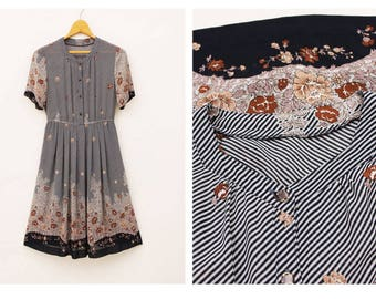 Beautiful 1940s Vintage Navy Stripe Flower Printed Short Sleeves Heart Neck Chiffon Day Career Work Dress