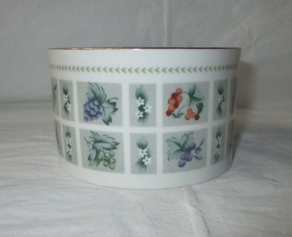Royal Doulton TAPESTRY Open Sugar Bowl, Gold Trim, Fruit & Flowers on Green Panels (c. 1970s)