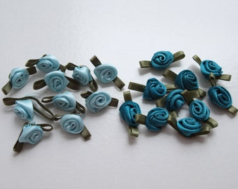 10 Small Ribbon Roses Available in Mint Green or Teal