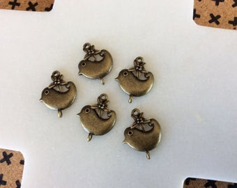 Antique bronze bird charm connectors
