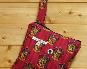 Knitting Bag, Crochet, Knit, Yarn, Wool, Harry Potter, Gryffindor, Yarn Storage, Yarn Bag with Hole, Grommet, Handle, SYB150