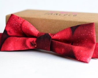 Red apple bowtie - Adjustable - Unisex