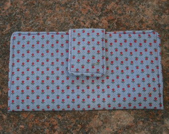 Handmade Fabric Bi-Fold Wallet Card Slots Zipper Compartment Blue Fabric with Red Flowers Snap Closure