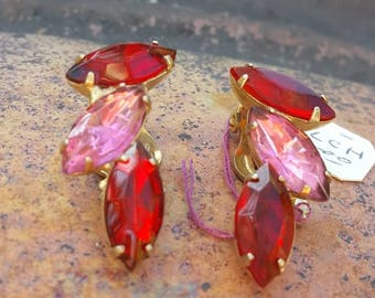 Red and pink glass clip on earrings