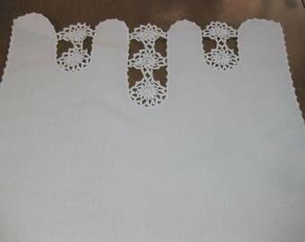 Linen and Crochet Bureau Scarf, Vintage Linen Dresser Scarf, Vintage Linen Table Runner