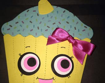 cupcake shaped birthday invitations