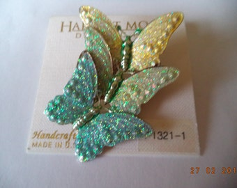 Fabulous Unsigned Beautiful Trio of Sparkling Butterflies Brooch/Pin