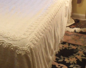 white cotton chenille bedspread cutter as is vintage full size cover - Chenille Bedspreads