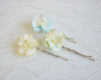 Pastel Flower Hair Pins, pastel flower clips, wedding flower pins, pastel flower hair accessory, summer hair clips
