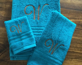 3-Piece Personalized Bath Towel, Hand Towel, and Washcloth Set