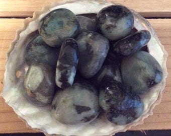 Emerlad inspiration stone, Healing Stone, Healing Crystal, Chakra Stone, Spiritual Stone