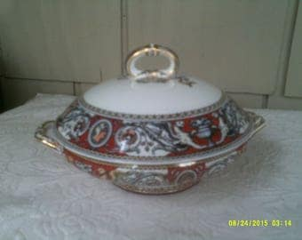 Vintage Minton Red Florentine Covered Serving Bowl, Griffins and Cameo Pattern, Minton Fine China, Formal Dining Serving