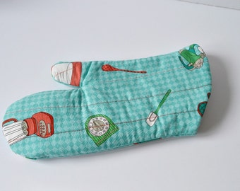 Retro Checks Oven Mitt
