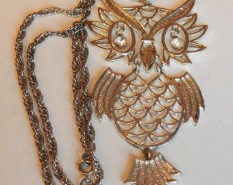 Silver Toned Rhinestone Motion Owl Necklace